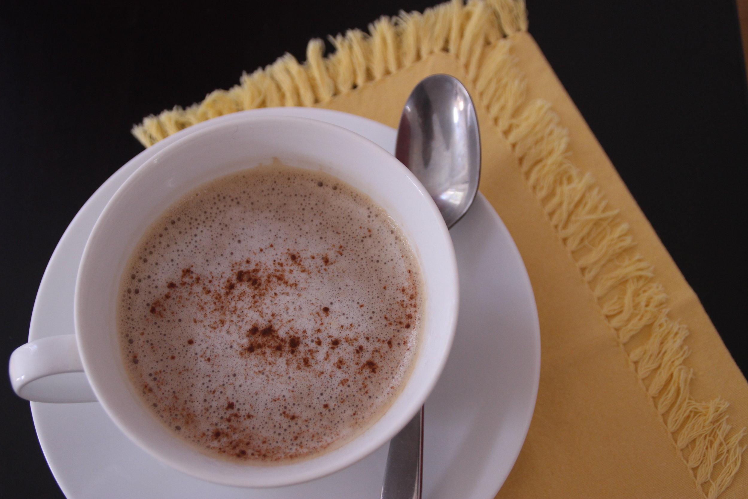 Skinny Turmeric Latte